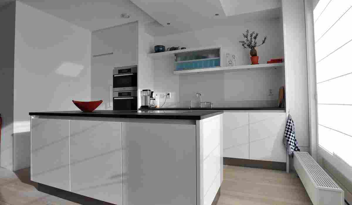 Hoogglans Wit Keuken : Keuken strak hoogglans wit